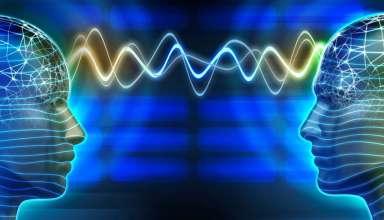 psiquiatra telepatia 384x220 - Psiquiatra británico demuestra que la telepatía existe y que nos comunicamos a través de un tipo de Wi-Fi humano