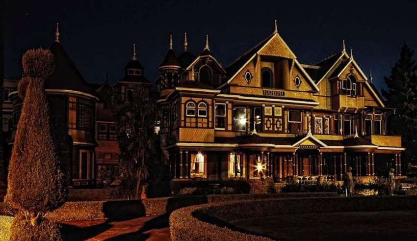 mansion winchester 850x491 - La escalofriante historia real detrás de la Mansión Winchester