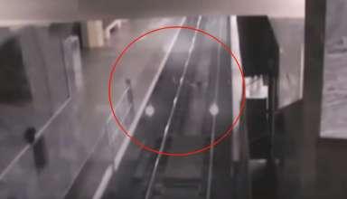 tren fantasma china 384x220 - Cámaras de seguridad graban el espeluznante momento en que un tren fantasma entra en una estación de China