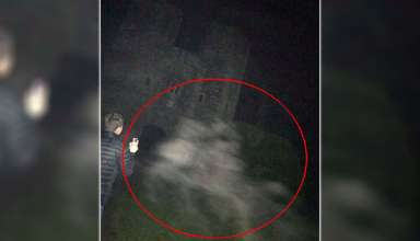 fantasmas caballos 384x220 - Fotografían los fantasmas de dos caballos en uno de los castillos más embrujados de Inglaterra