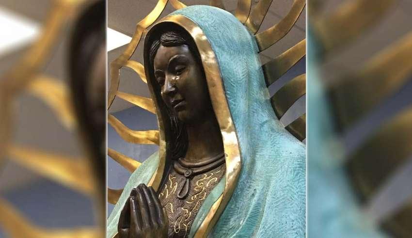 estatua virgen maria llora 850x491 - La Iglesia Católica investiga en Nuevo México una estatua de la Virgen María que llora lagrimas que huelen a rosas
