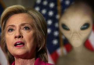 hillary clinton ovnis 320x220 - Político estadounidense asegura que si Hillary Clinton hubiera ganado las elecciones habría desclasificado la información sobre ovnis