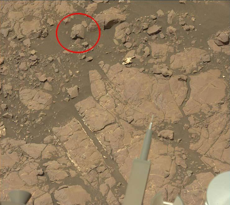 mujer guerrera extraterrestre marte - Periodista descubre la estatua de una mujer guerrera extraterrestre en Marte