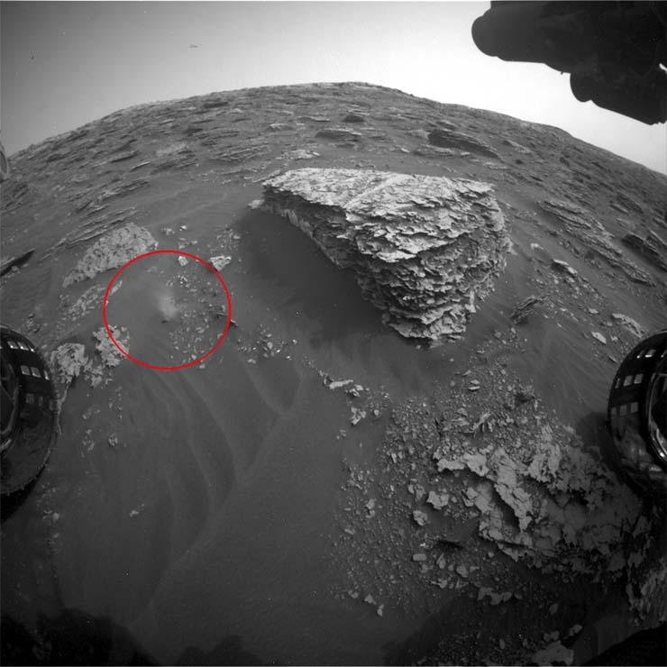 figura extraterrestre movimiento - La NASA publica por error imágenes que muestran una figura extraterrestre en movimiento
