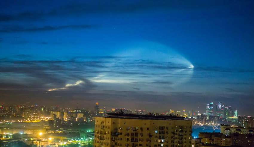 ovni rusia 850x491 - Un OVNI sobre Rusia provoca el pánico durante el Mundial defútbol