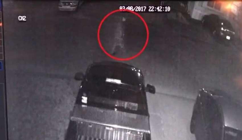 fantasma real camara seguridad 850x491 - Una familia estadounidenses obligada a mudarse después de ver una fantasma real a través de su cámara de seguridad