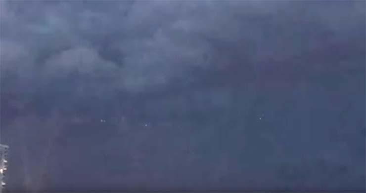 ovni carolina sur - Graban un enorme OVNI en una playa de Carolina del Sur durante una tormenta eléctrica