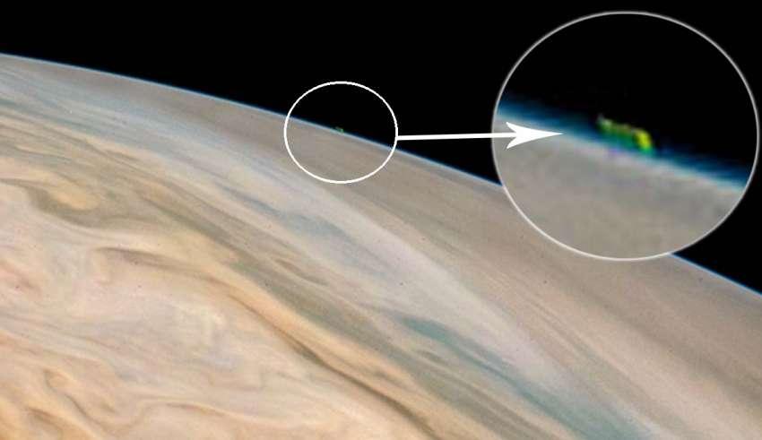 ovni jupiter 850x491 - Las redes sociales arden por una polémica imagen de la NASA que muestra un enorme OVNI en Júpiter