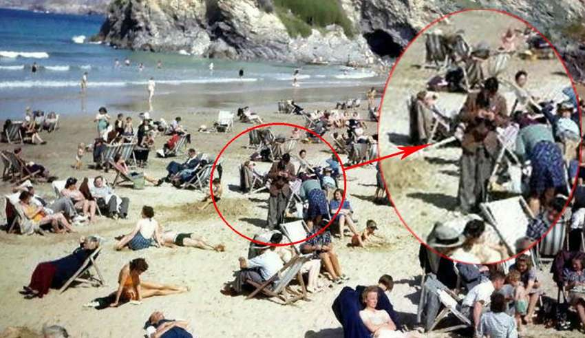 viajero del tiempo anos 40 850x491 - Descubren un viajero del tiempo con un teléfono móvil en una foto de los años 40