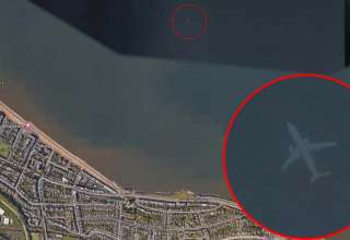 avion sumergido escocia 320x220 - Descubren en Google Earth un misterioso avión sumergido bajo el mar cerca de la costa de Escocia