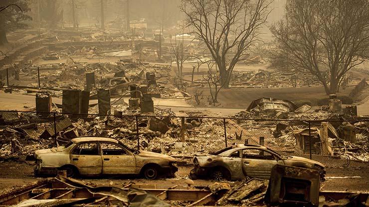 Imágenes demuestran que los históricos incendios de California