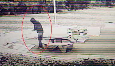 viajero del tiempo teletransportandose 384x220 - Cámara de seguridad muestra a un viajero del tiempo teletransportándose a plena luz del día