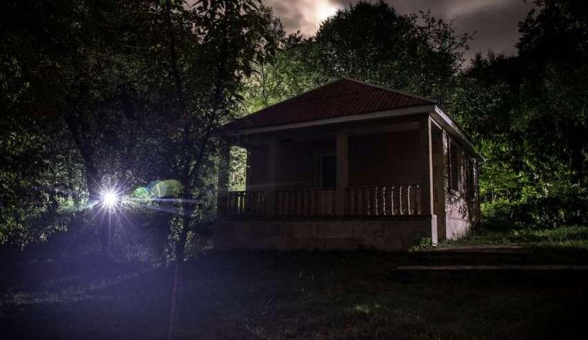 casa embrujada 850x491 - Cómo saber si vives en una casa embrujada