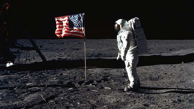 stephen curry luna nasa - La estrella de la NBA Stephen Curry no se cree que el hombre llegara a la Luna y la NASA le responde