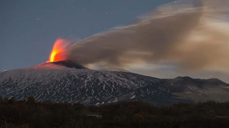 volcan etna megatsunami - Científicos advierten que la nueva erupción del volcán Etna puede provocar un megatsunami