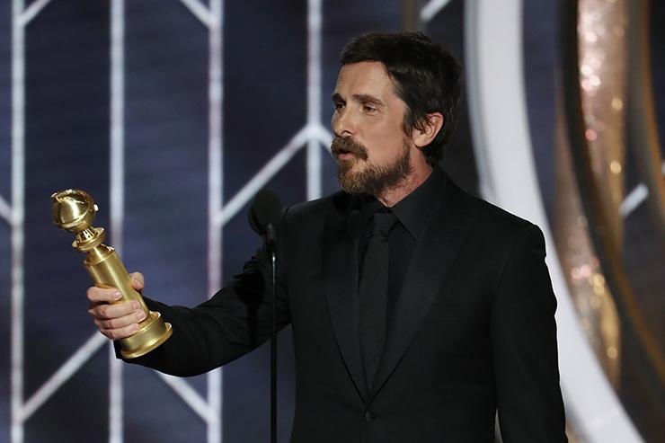 """christian bale agradece satan - El actor Christian Bale agradece a Satán su Globo de Oro por su interpretación en la película """"Vice"""""""