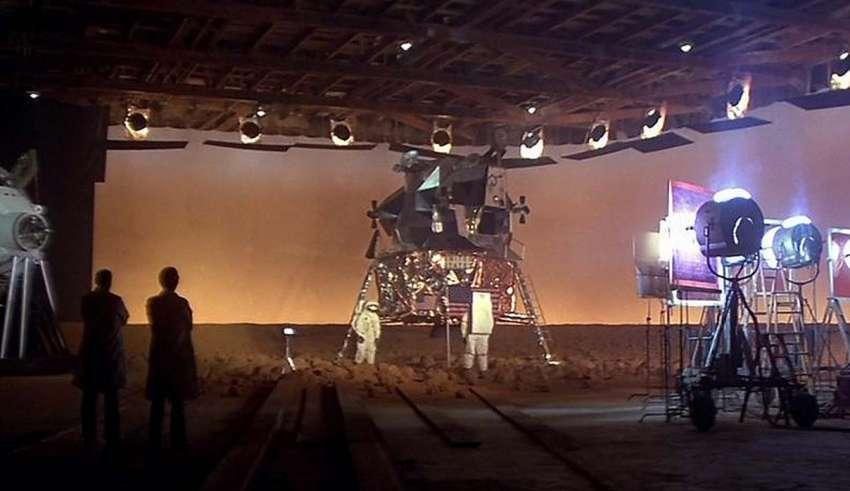 stanley kubrick luna 850x491 - Director de cine asegura tener pruebas de que Stanley Kubrick rodó la falsa llegada a la Luna