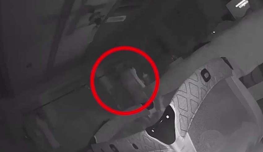 fantasma bebe 850x491 - Padres aseguran que un fantasma ataca a su bebé y tienen un video que lo demuestra