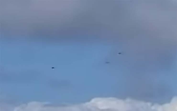 helicopteros policia ovni - Sorprendente video muestra tres helicópteros de la policía de Los Ángeles enfrentándose a un OVNI
