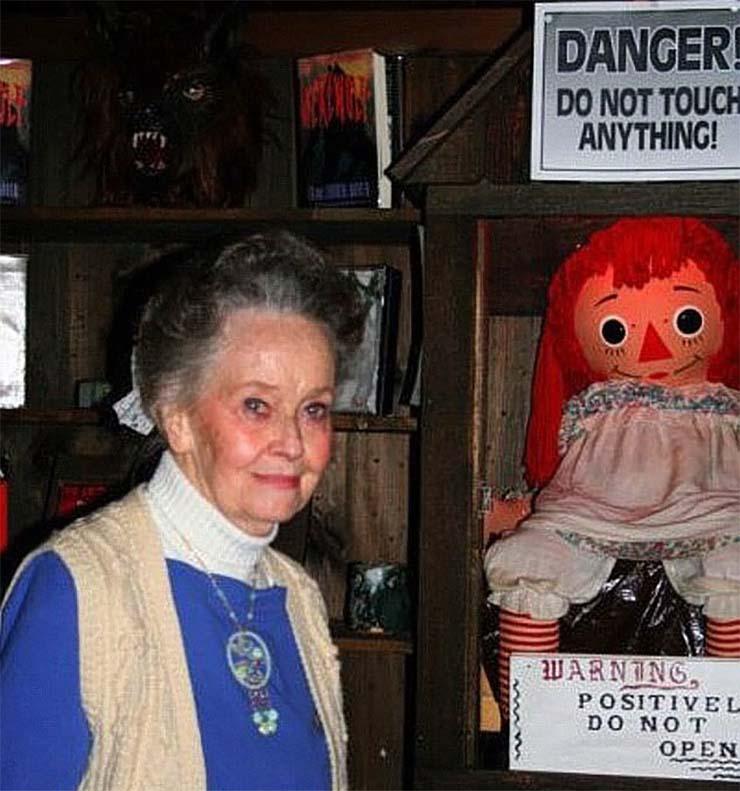 lorraine warren paranormal - Muere Lorraine Warren, la investigadora paranormal que inspiró la saga de películas 'Amityville' y 'The Conjuring'