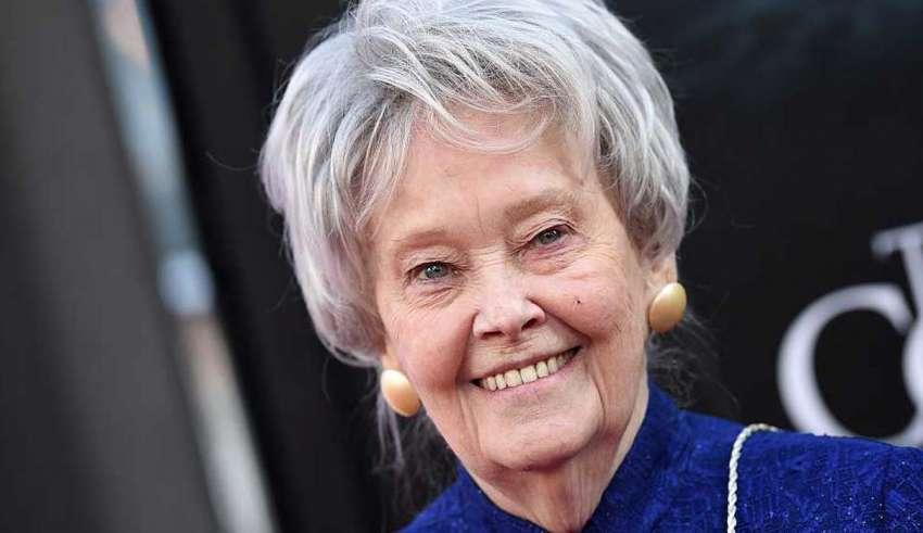 muere lorraine warren 850x491 - Muere Lorraine Warren, la investigadora paranormal que inspiró la saga de películas 'Amityville' y 'The Conjuring'
