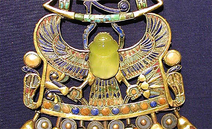 amuleto de tutankhamun extraterrestre - Os cientistas confirmam que o amuleto de Tutankhamon é de origem extraterrestre