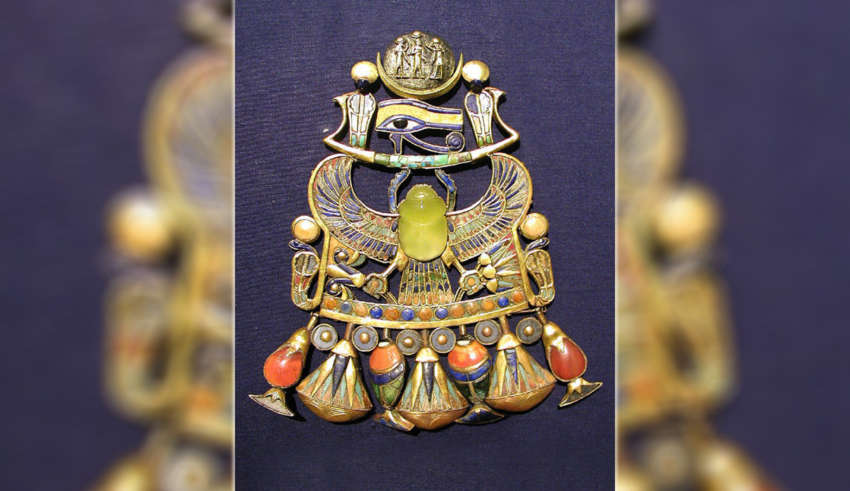 amuleto tutankamon origen extraterrestre 850x491 - Científicos confirman que el amuleto de Tutankamón es de origen extraterrestre