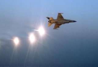 pilotos marina eeuu ovnis 320x220 - Varios pilotos de la Marina de los EE.UU. revelan encuentros recientes con ovnis