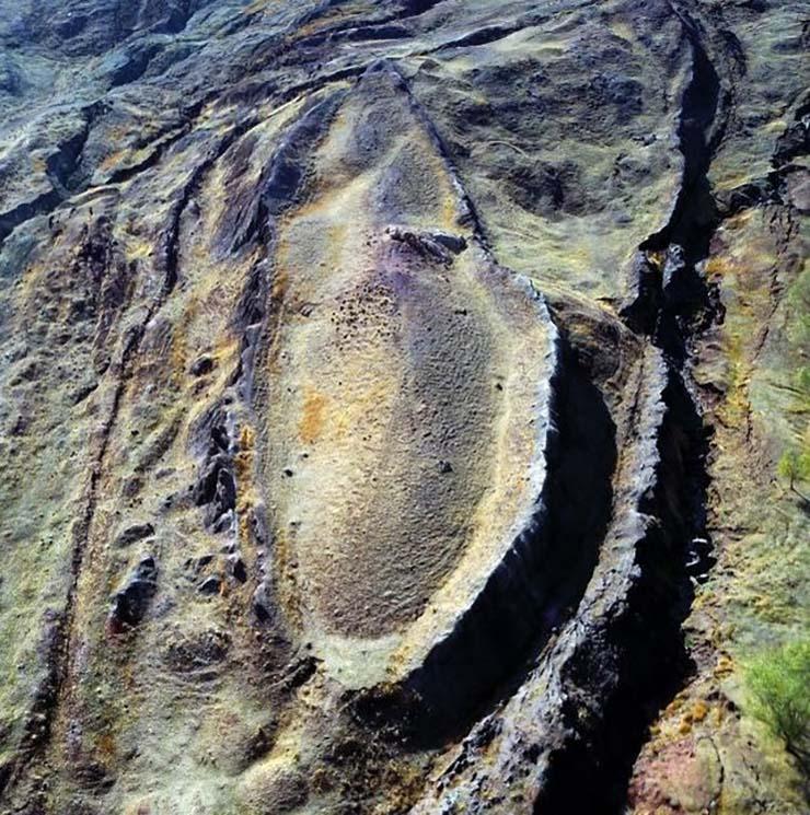 arca de noe en monte ararat - Piloto de la Marina de EE.UU. aseguró haber fotografiado el Arca de Noé en el monte Ararat