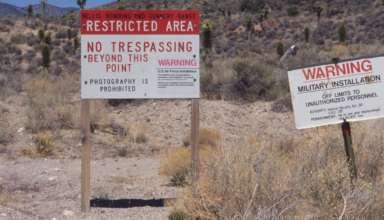 bob lazar area 51 384x220 - Bob Lazar advierte que podría haber una matanza si la gente asalta el Área 51 en septiembre