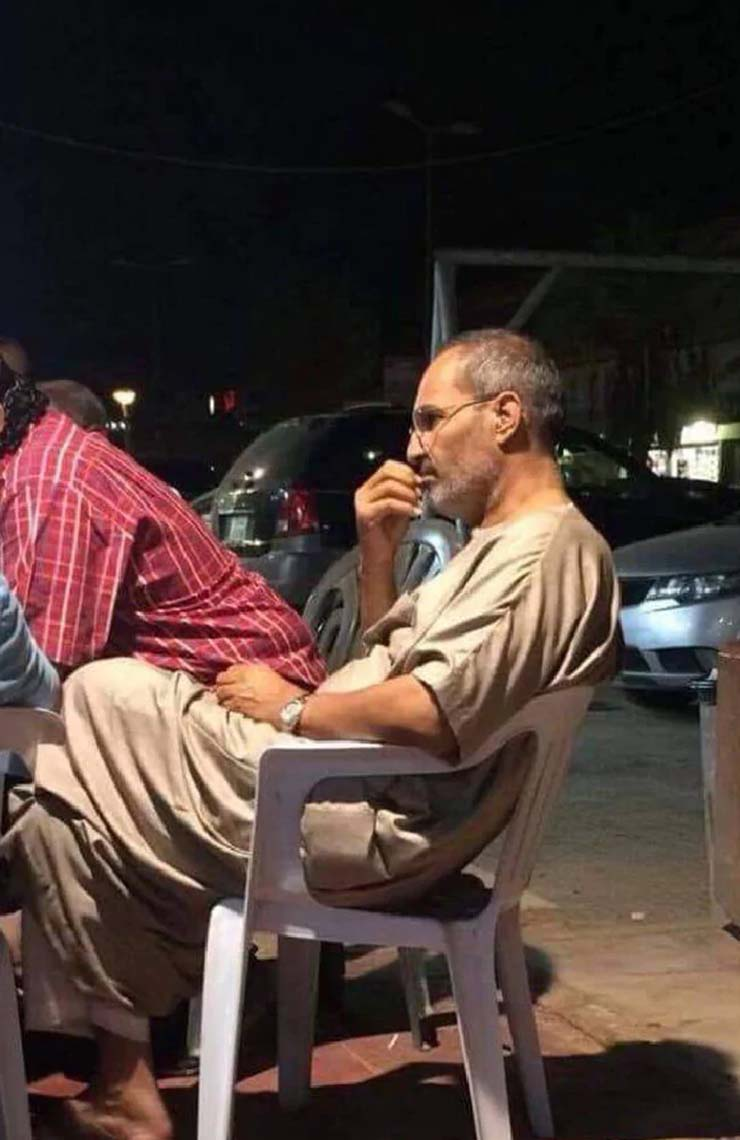 steve jobs oculto egipto - Una foto demuestra que Steve Jobs está vivo y se encuentra oculto en Egipto