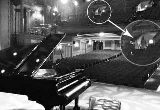 fantasma mujer teatro 320x220 - Conocido pianista estadounidense fotografía el fantasma de una mujer en un teatro