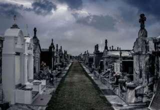 fantasmas cementerio 320x220 - Enterradores denuncian ataques de fantasmas en el cementerio más grande del mundo