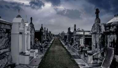 fantasmas cementerio 384x220 - Enterradores denuncian ataques de fantasmas en el cementerio más grande del mundo