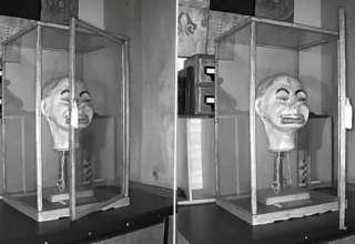 muneco ventrilocuo nazi 320x220 - Un video muestra el aterrador momento en el que un muñeco ventrílocuo nazi parpadea y mueve la boca por sí solo