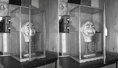 muneco ventrilocuo nazi 384x220 - Un video muestra el aterrador momento en el que un muñeco ventrílocuo nazi parpadea y mueve la boca por sí solo