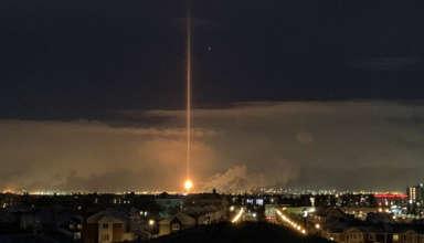 misterioso haz luz 384x220 - Un misterioso haz de luz provoca el pánico en una ciudad canadiense