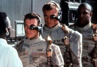 soldados cyborg 320x220 - Un inquietante informe del Ejército de EE.UU. dice que los soldados Cyborg estarán disponibles para 2050