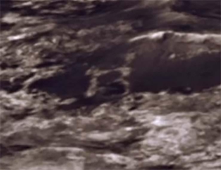gran letra b foto marte - Hallan una gran letra 'B' en una foto de Marte enviada por el rover Curiosity de la NASA