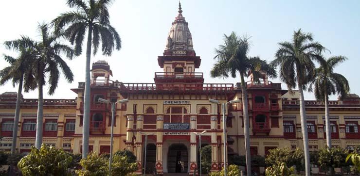 curso fantasmas - Prestigiosa universidad india impartirá un curso oficial para tratar a personas poseídas por fantasmas