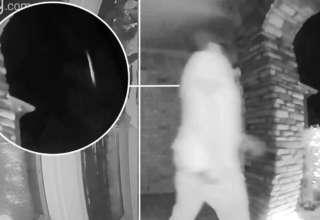 hombre abducido 320x220 - Cámara de seguridad de una casa capta el momento en que hombre es abducido