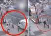 hombre teletransportandose calle 104x74 - Cámara de seguridad muestra un hombre teletransportándose en una calle delante de decenas de testigos