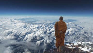 monje budista pandemia 384x220 - Un monje budista predijo hace 100 años una pandemia, plaga de langostas e inundaciones para el 2020