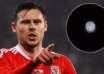 jugador futbol ovni brillante 104x74 - Jugador de fútbol galés publica el video de un OVNI extremadamente brillante en el cielo nocturno