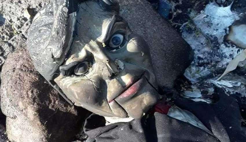 muneco ventrilocuo maldito 850x491 - Encuentran un muñeco ventrílocuo maldito en un río de México