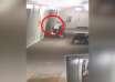 hotel figura fantasmal 104x74 - Cámara de seguridad de un hotel capta el momento en que una figura fantasmal surge de una pared