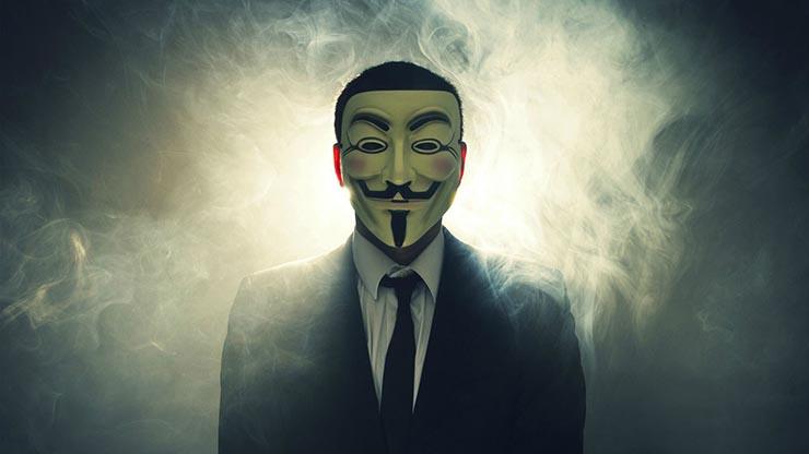 anonymous asesinato lady di - Anonymous regresa: dice tener pruebas del asesinato de Lady Di y publica la 'lista negra' de Epstein
