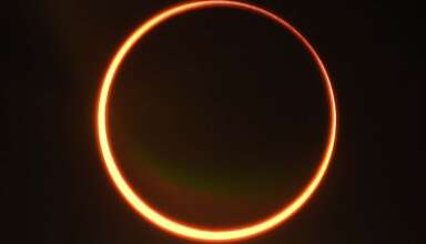 "eclipse anillo de fuego 384x220 - Expertos dicen que el eclipse de ""anillo de fuego"" del 21 de junio es una señal del inminente apocalipsis"