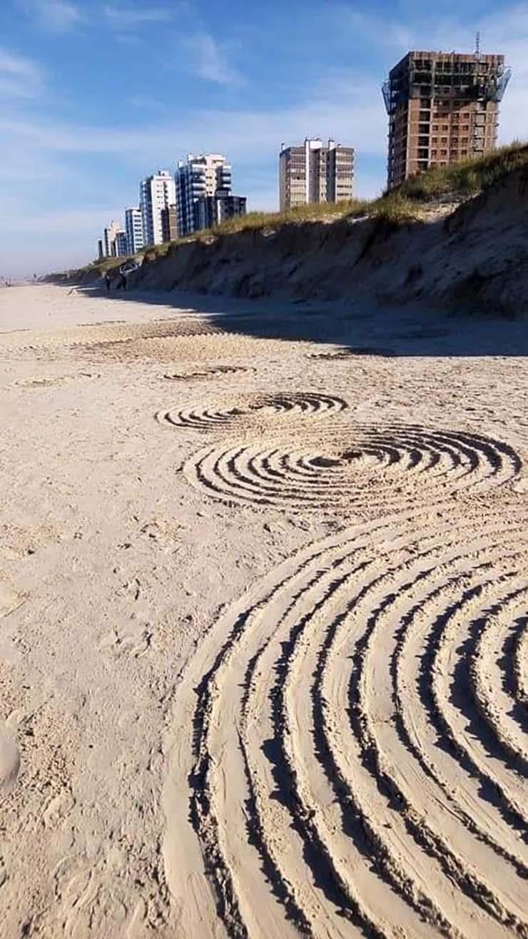 misteriosos circulos brasil - Aparecen misteriosos círculos en la arena de una playa de Brasil después de varios avistamientos OVNI