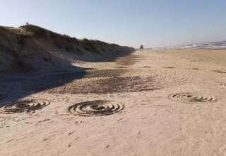 misteriosos circulos playa brasil 320x220 - Aparecen misteriosos círculos en la arena de una playa de Brasil después de varios avistamientos OVNI